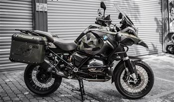 BMW GSA R1200 - 3M Matte Military Green