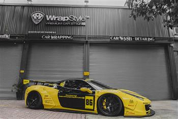 Ferrari 458 - Yellow & Black wrapping