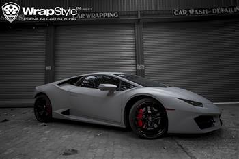 Lamborghini Hurracan - Wrapping Matte Dark Gray Avery