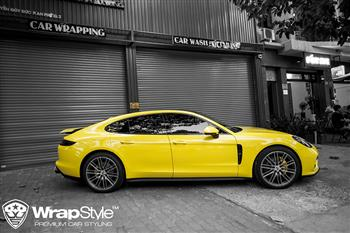 Porsche Panamera - Wrapping gloss yellow avery